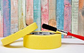 Cómo usar la cinta de carrocero antes de pintar